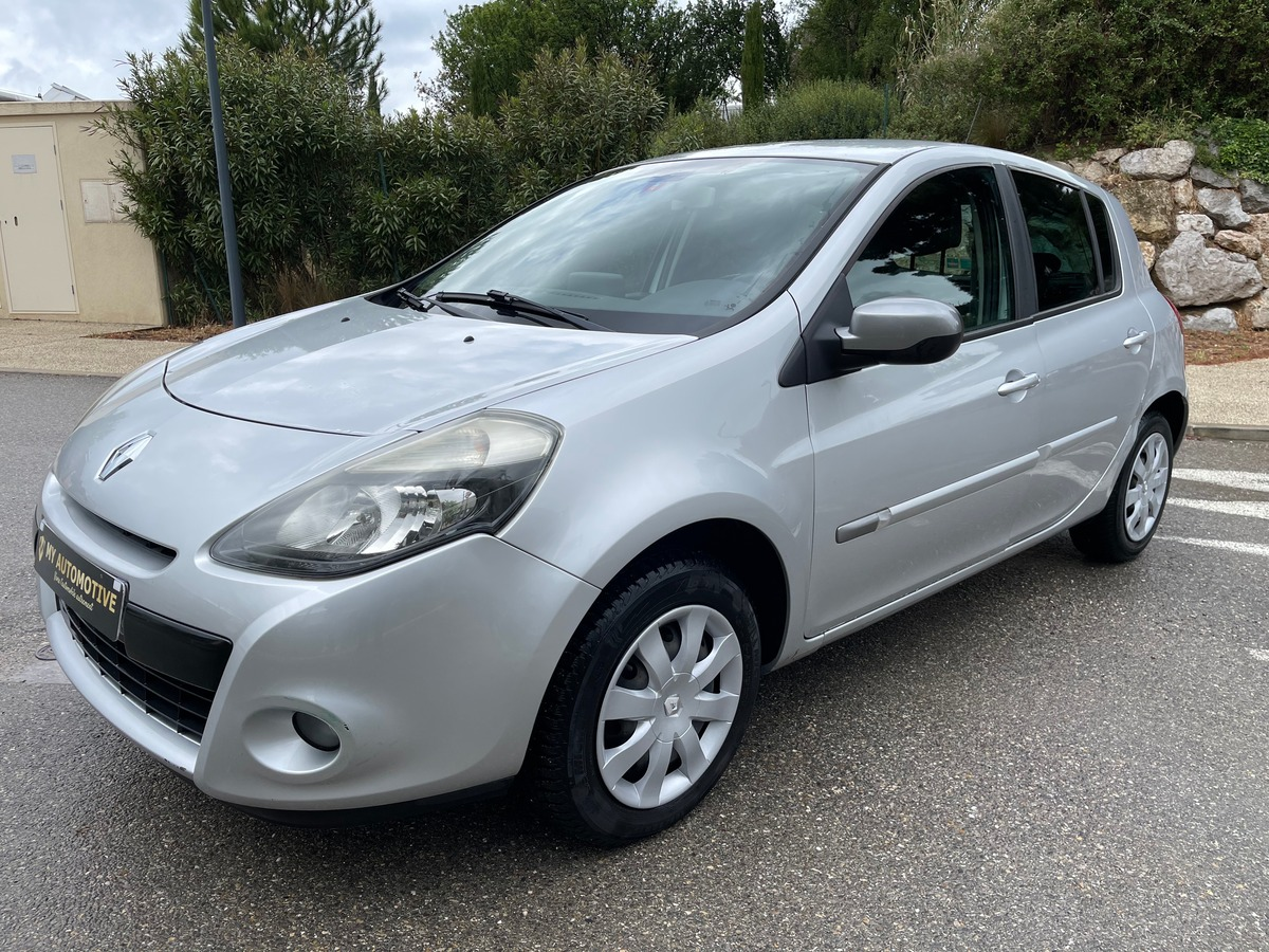 Renault Clio III 1.5 dci 90ch Night & DAY