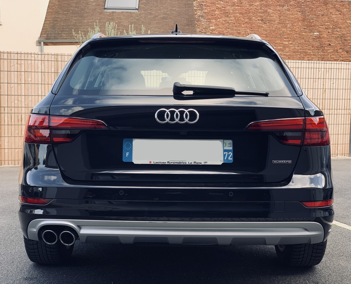 Audi A4 Allroad QUATTRO 3.0L V6 272 ch Luxe Design