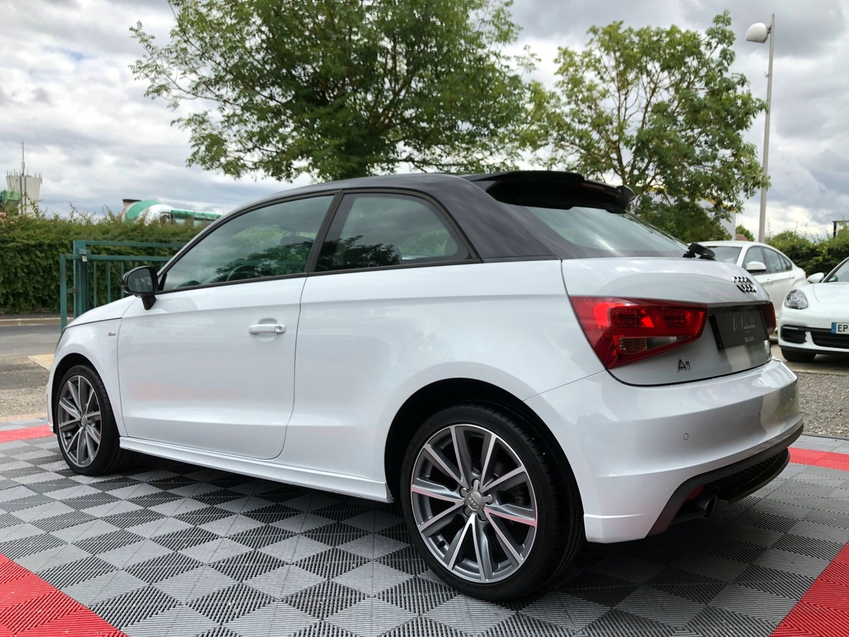 Audi A1 1.6 TDI 90 S-LINE S-TRONIC 7