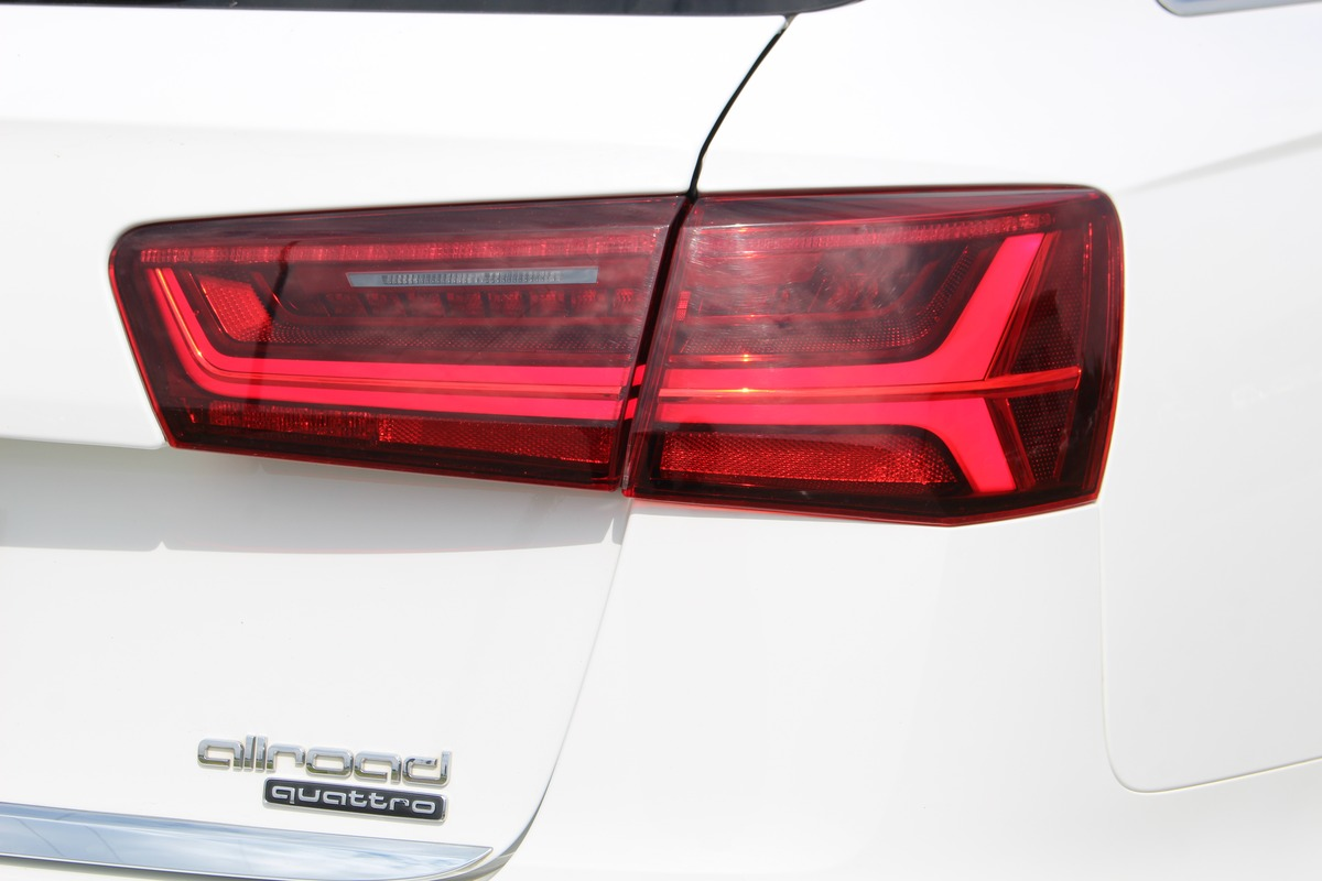 Audi A6 Allroad  V6 3.0 TDiS-Tronic Quattro 218 CV