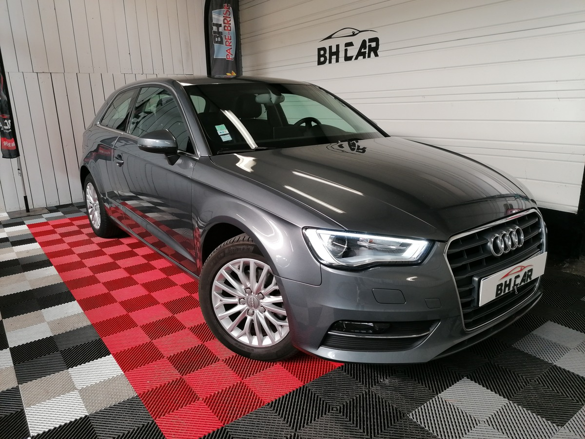 Audi A3 1.6 105 Ambition luxe Stronic