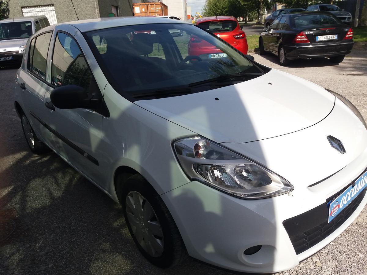 Renault Clio 1.2 ess 6/2011 90500 km nickel