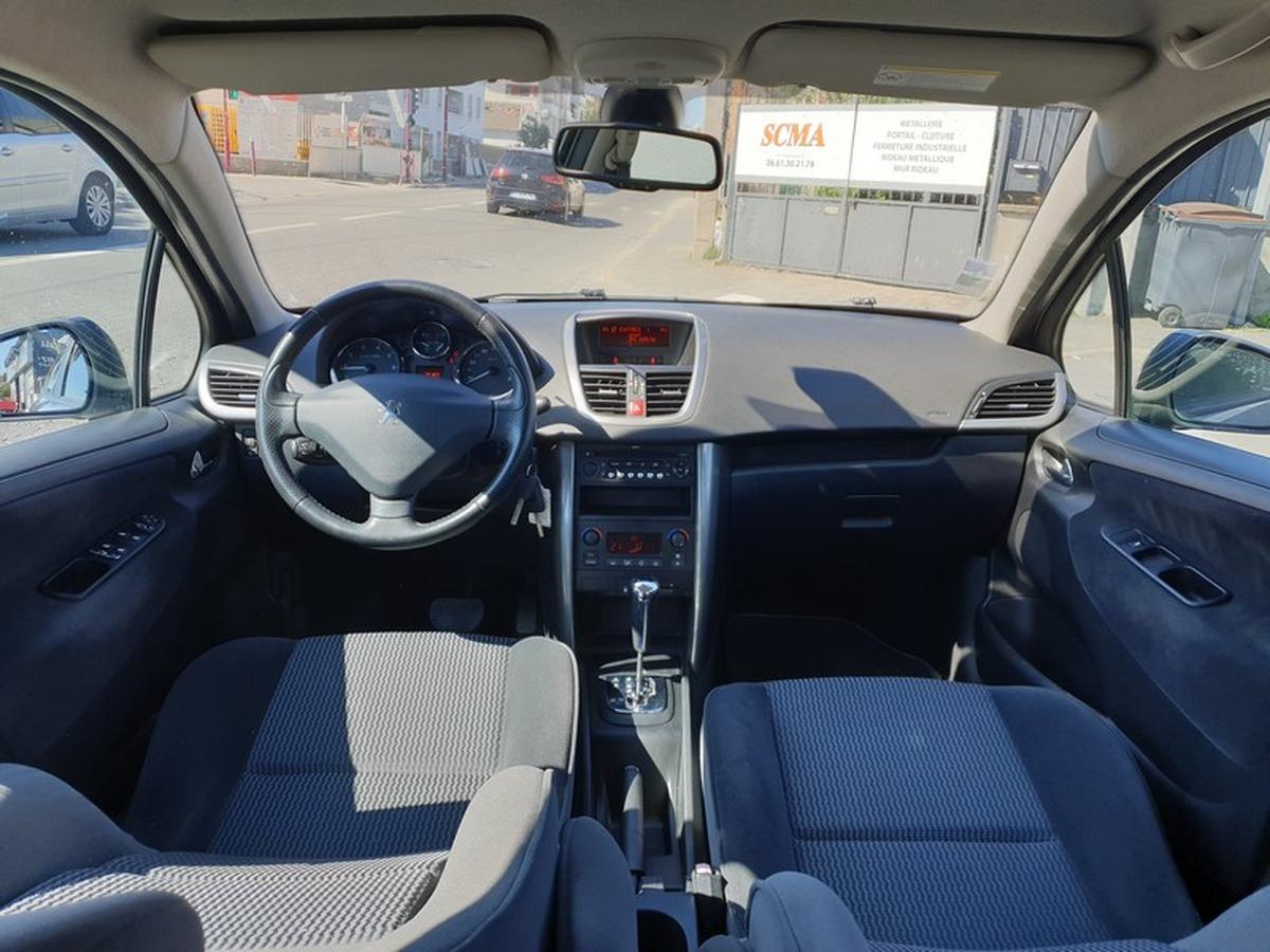 Peugeot 207 1.6 vti 16v - bva PREMIUM
