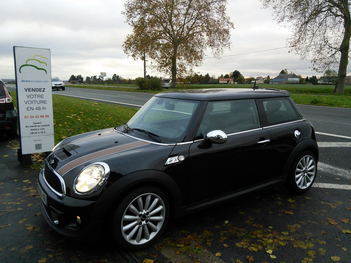 Mini Mini COOPER SD 2.0 D 143 RED HOT CHILI 148631
