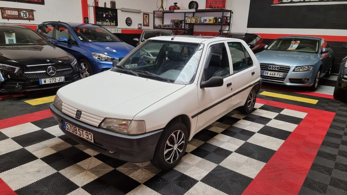 Peugeot 106 1.0i 50cv Kid Toit Ouvrant 4X SS Frais