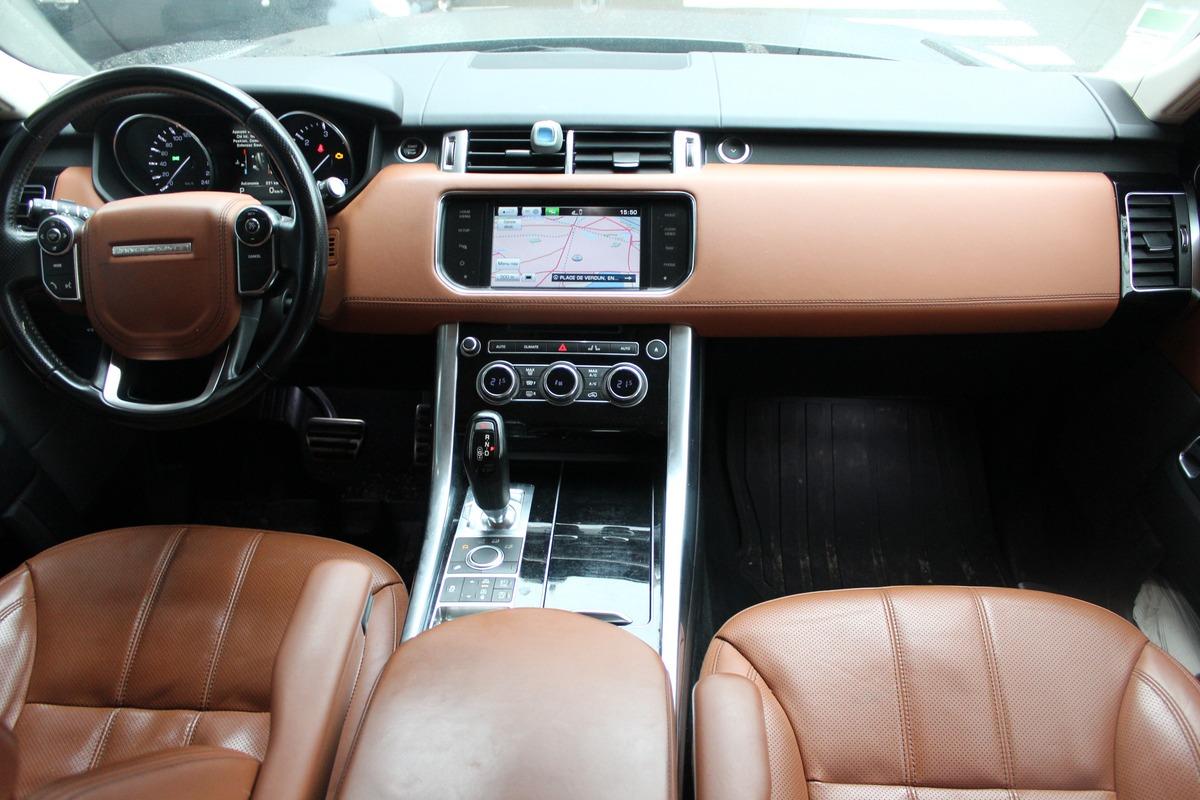 Land Rover Range Rover SDV6 292 HSE DYNAMIC