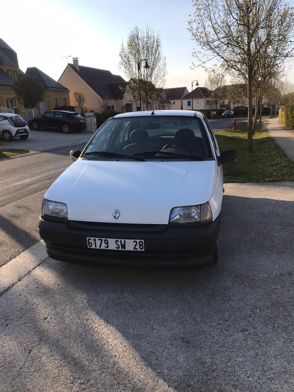 Renault Clio 1.2i - 60-1ère main