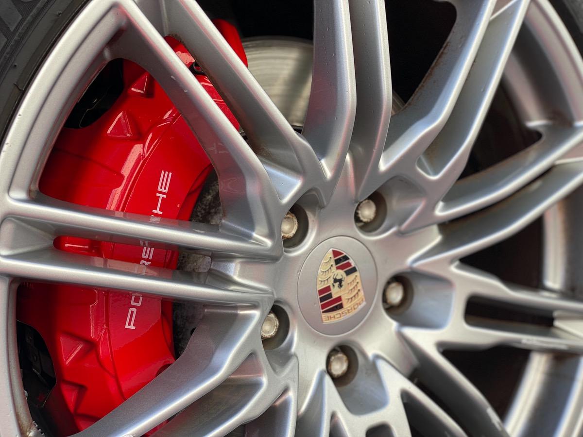 Porsche Cayenne Turbo 4.8 V8 500ch