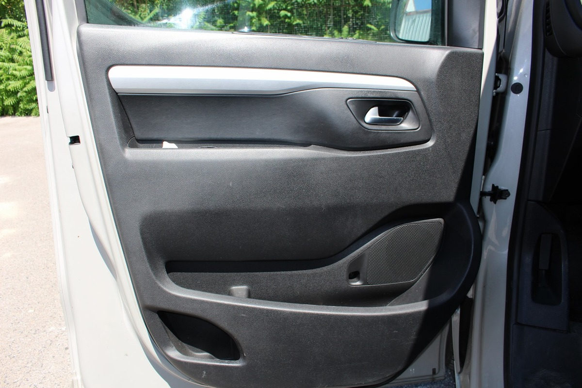 Peugeot Traveller 2.0 HDI EAT6 S&S 180ch GPS CUIR
