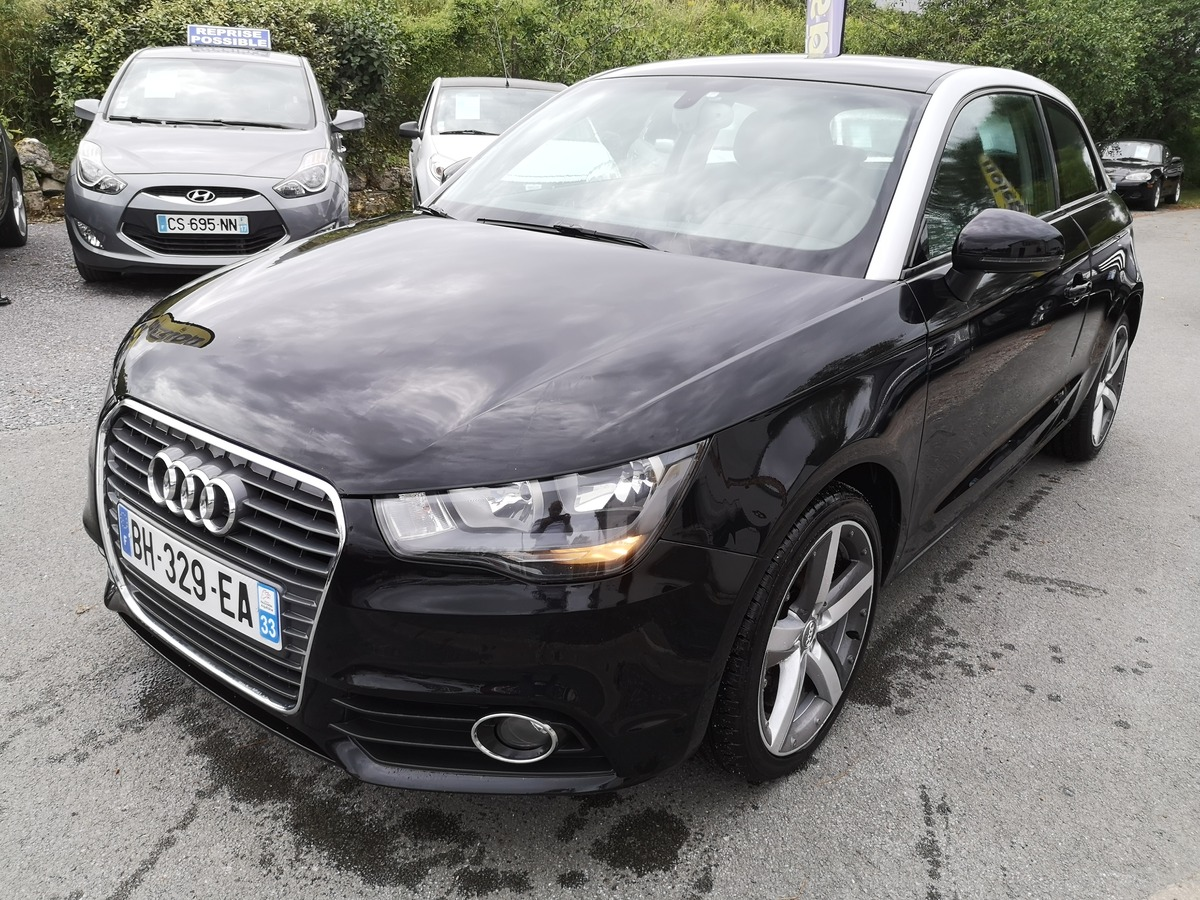 Audi A1 1.4 TFSI 122 S-TRONIC AMBITION LUXE