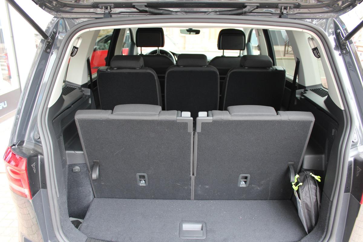 Volkswagen Touran III 1.5 TSI 150 EVO CARAT DSG7 7