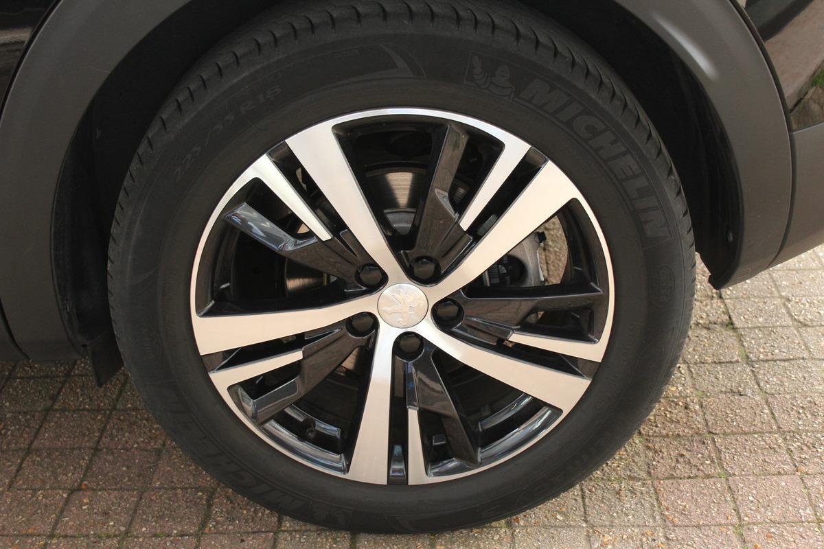 Peugeot 3008 II 1.2 PURETECH 130 GT LINE TO