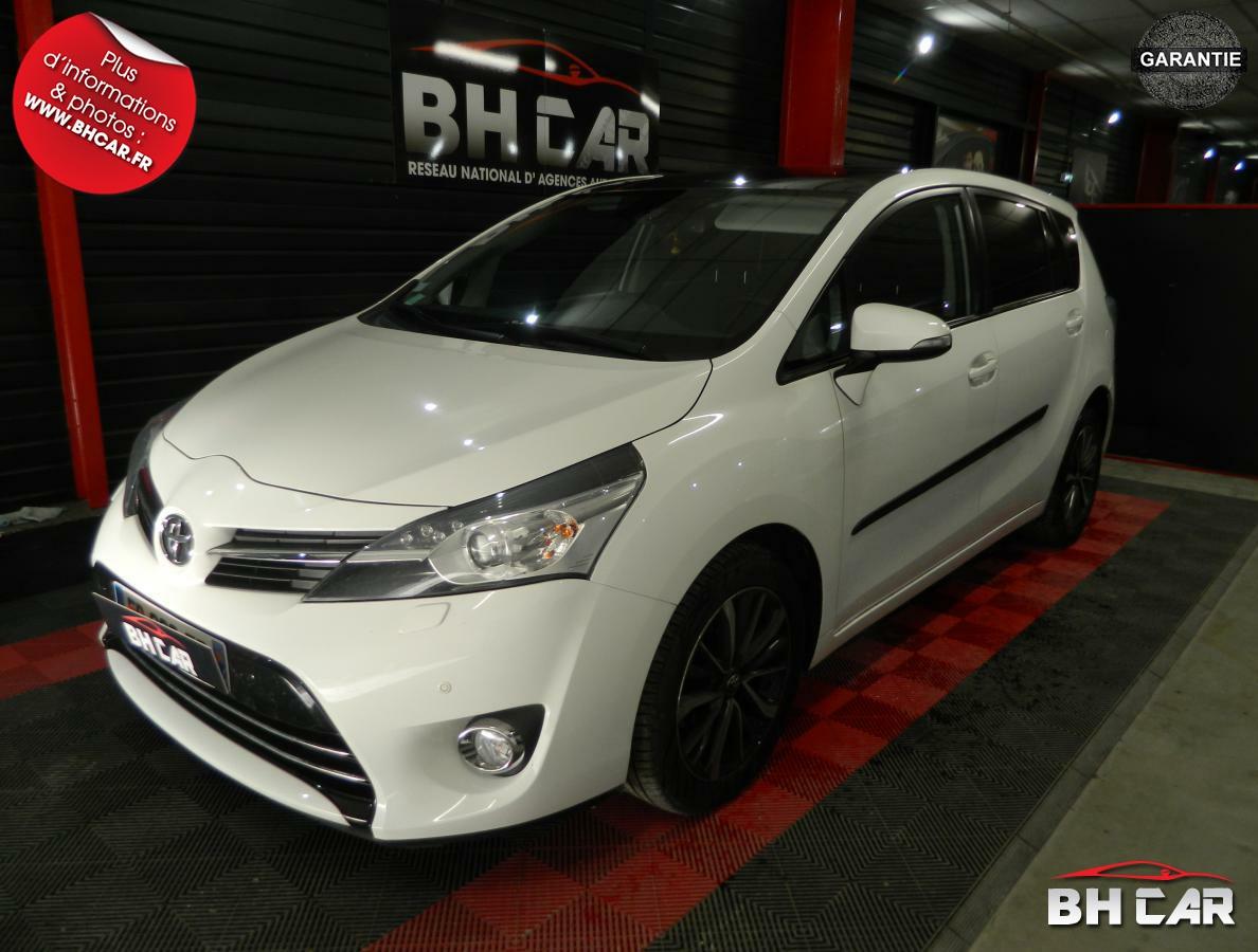 Toyota Verso 112D-4D  STYLE- 1.6  7pl 1°main gar-