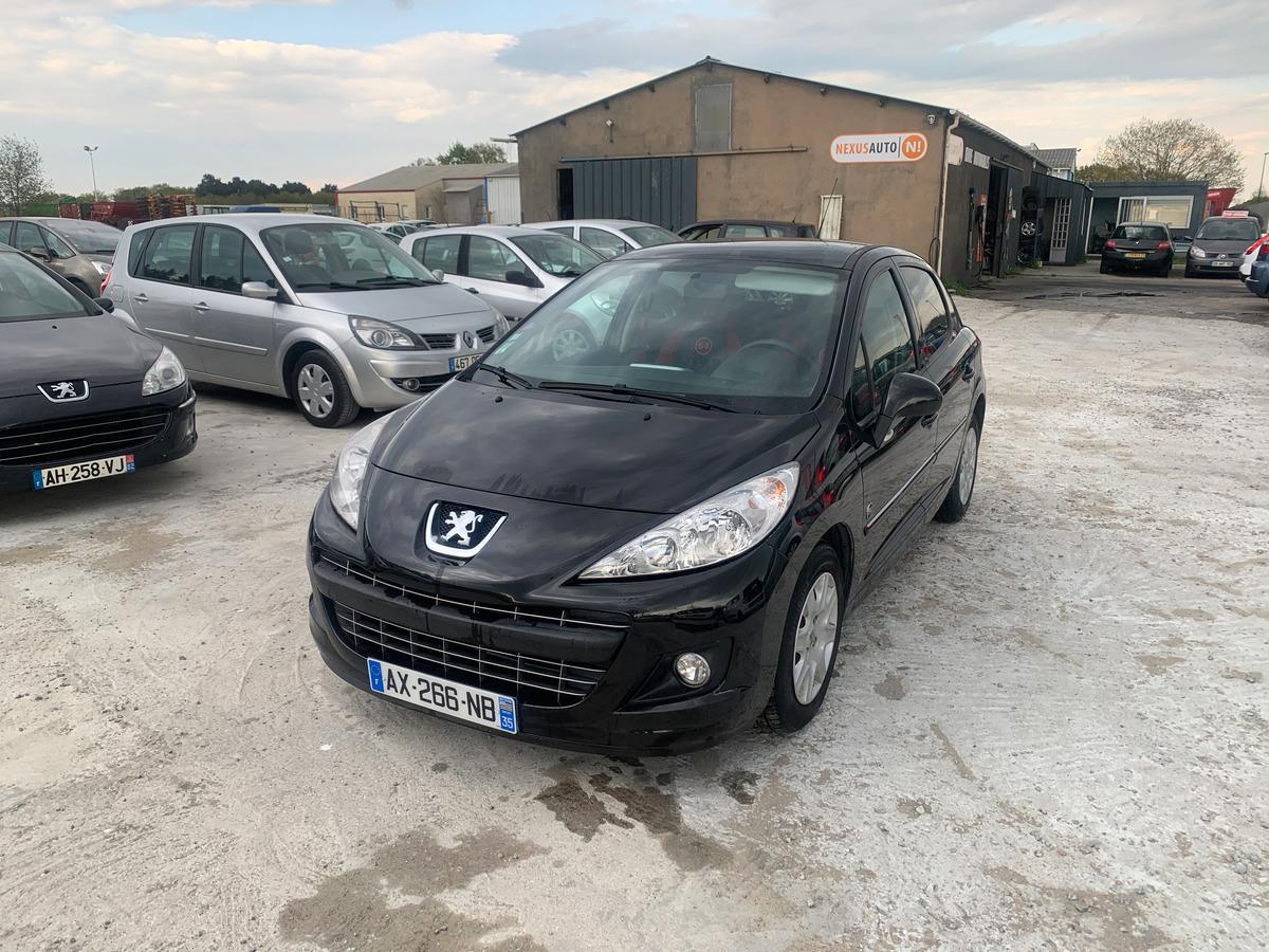 Peugeot 207 1.4 vti 16v SERIE 64 - 124884KM