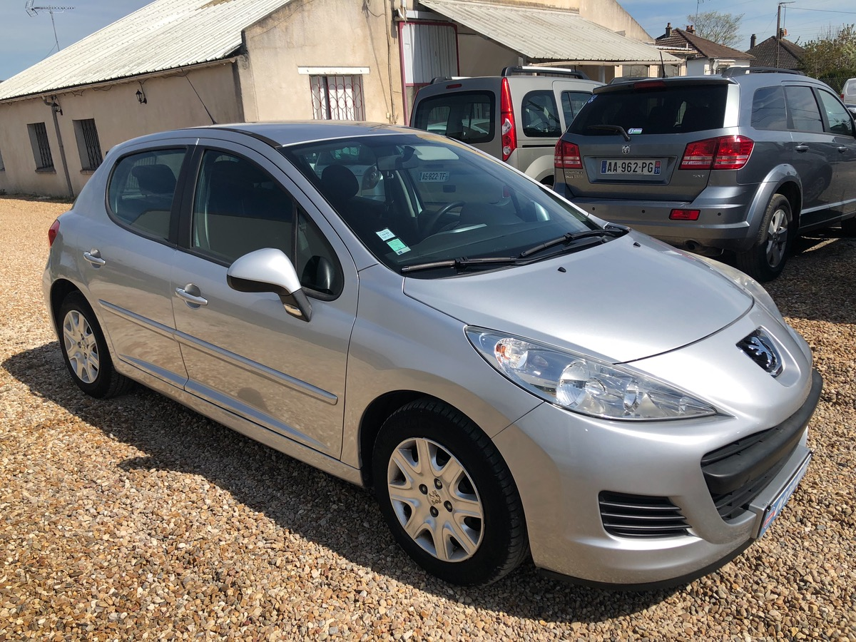 Peugeot 207 1.4 hdi 70 chv