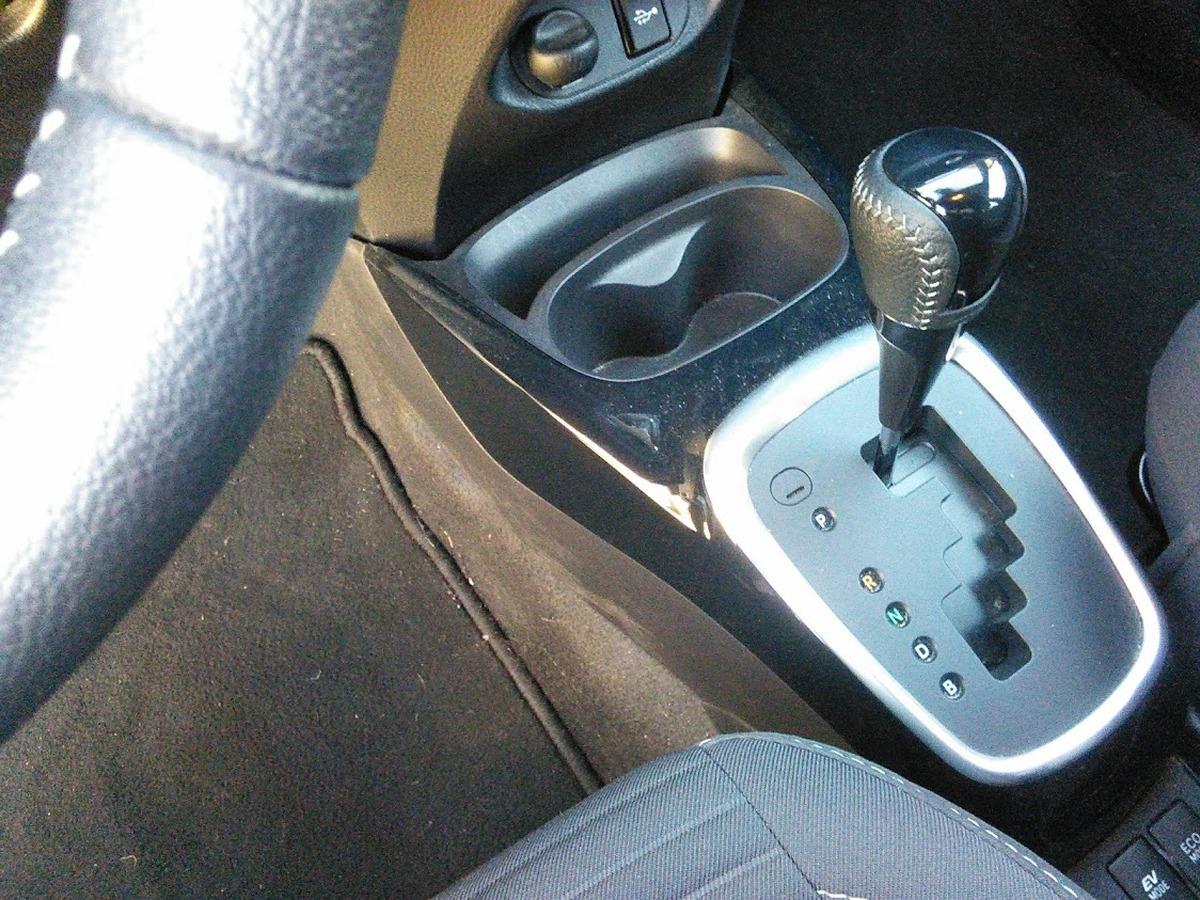 Toyota Yaris HYBRID 1.5 HSD 100C 75 COLLECTION 3