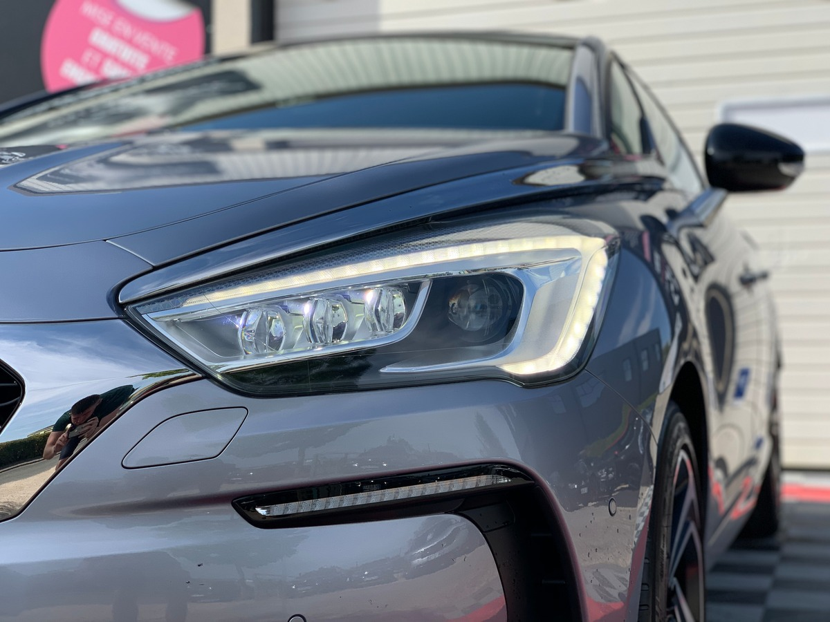 Citroen Ds5 (2) 2.0 BLUE HDI 150 S&S SPORT CHIC b