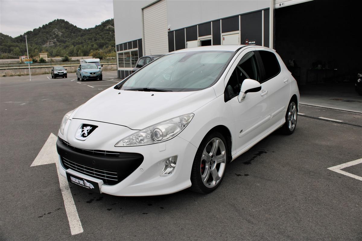 Peugeot 308 (2) 1.6 THP 200 GTI BVM6 5P