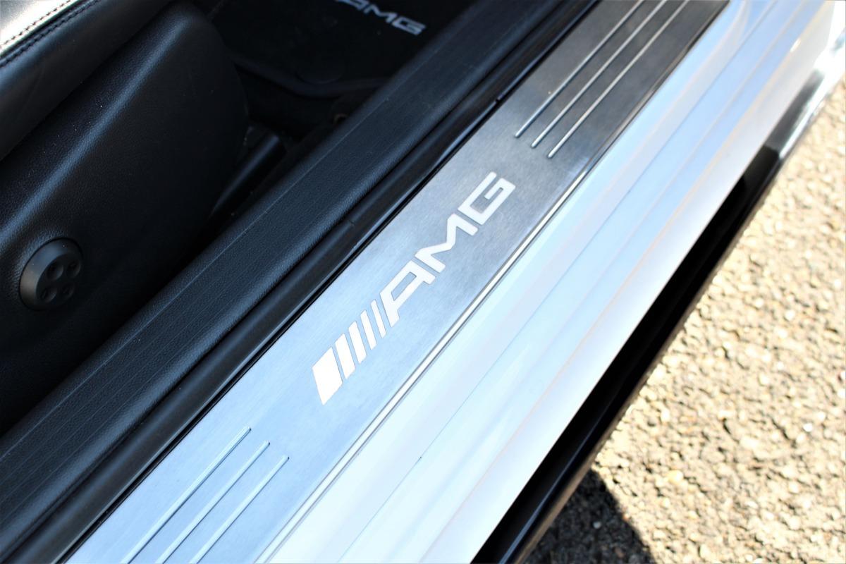 Mercedes Classe C 63 C63 6.2 V8 AMG Edition 507