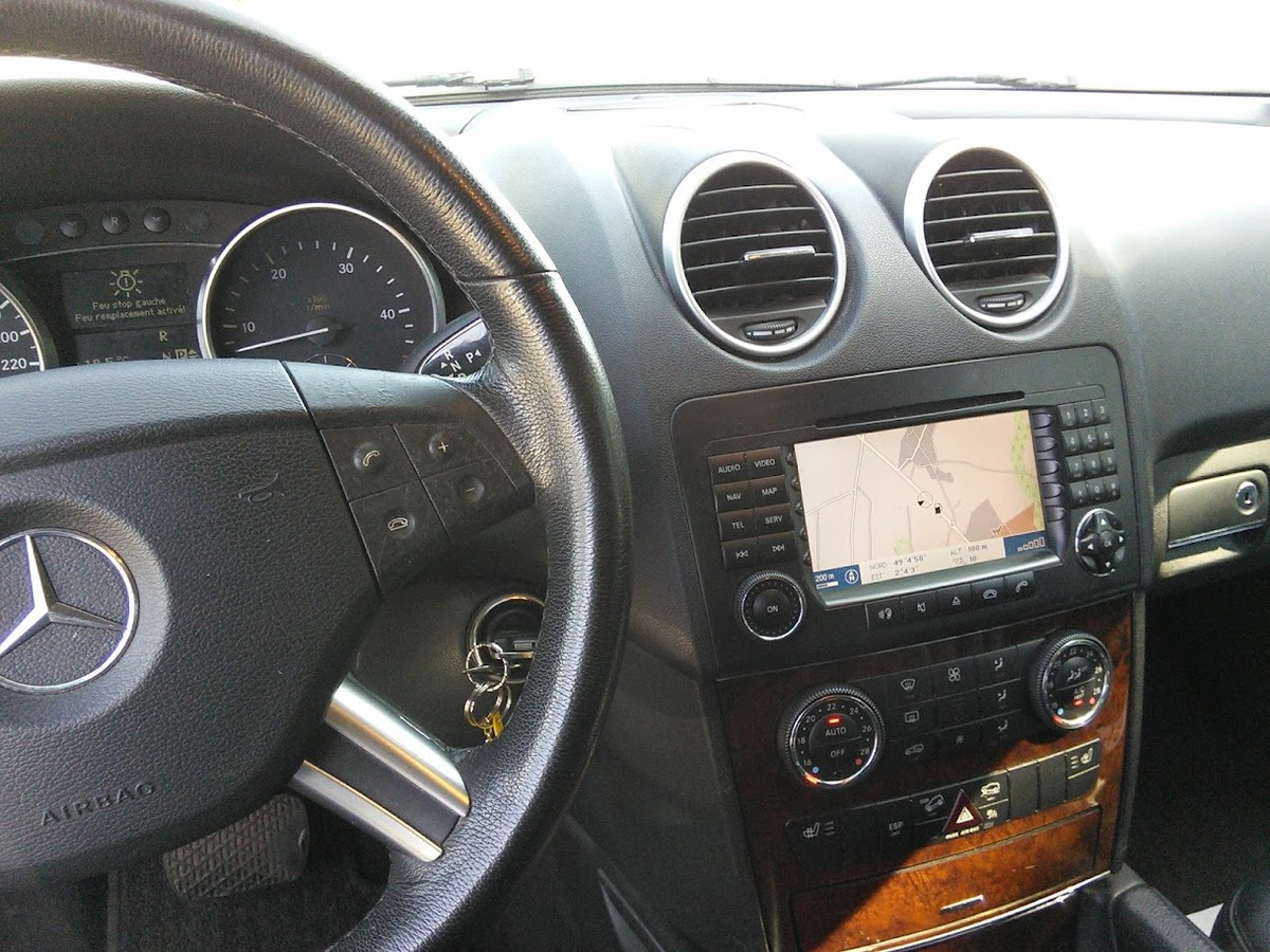 Mercedes ML 320 CDI 4MATIC 3.0 224 V6 255542km