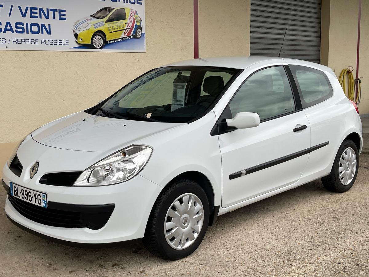 Renault Clio 1.6i 16v - 110 - bva