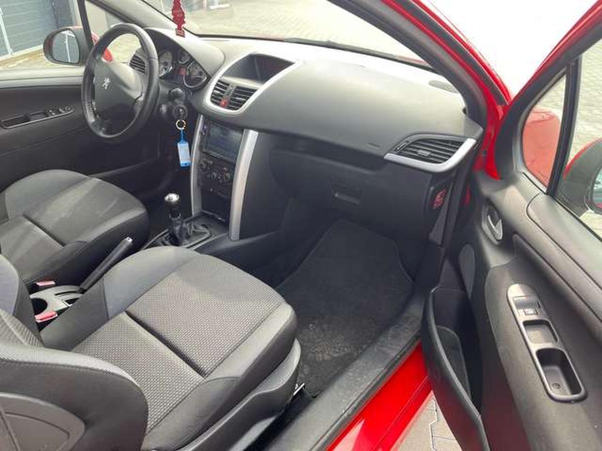 Peugeot 207 95 VTi Sport