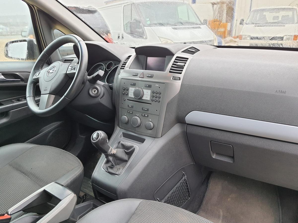 Opel Zafira 1.9l CDTI 120 COSMO PACK GTIE 3MOIS
