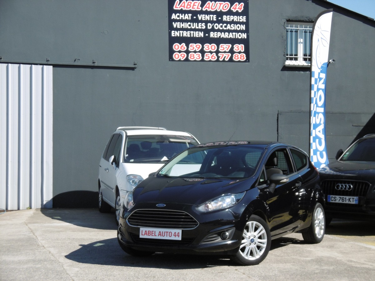 Ford Fiesta 1.6 TDCI 95CH 92000KMS TVA 2 PLACES