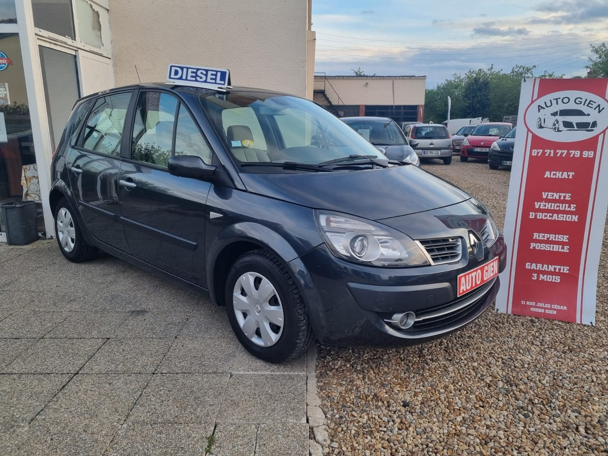 Renault Megane SCENIC 1.5 DCI 105 CH