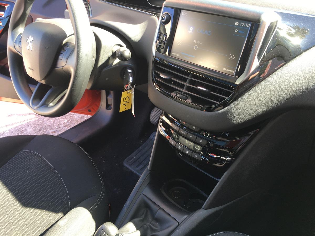 Peugeot 208 1.2 PureTech 82 Active