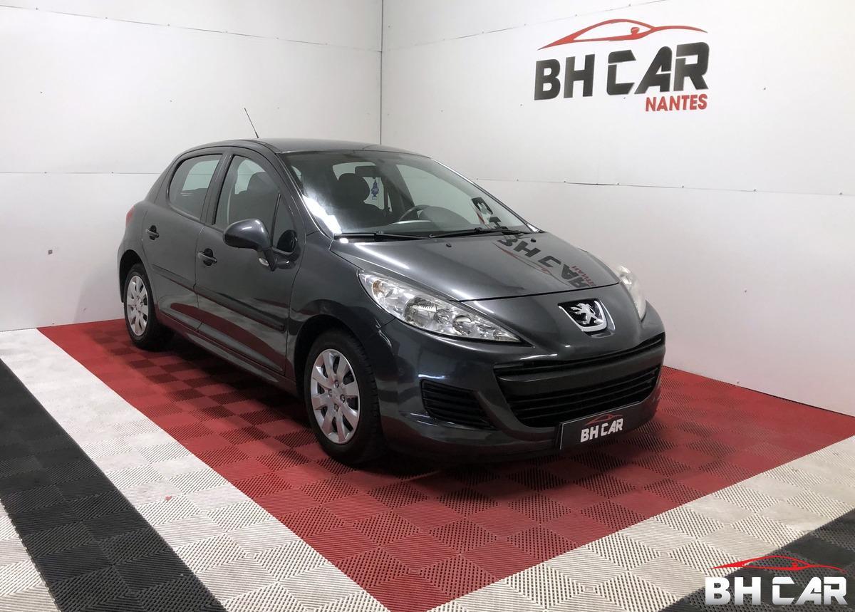 Peugeot 207 1.4I 75 CH URBAN
