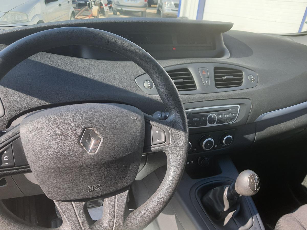 Renault Scenic E85 1.6L 16 110CV GTIE 3MOIS
