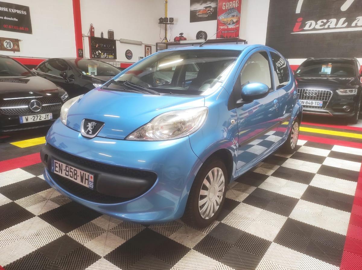 Peugeot 107 1.0 12V 68cv Trendy 5p