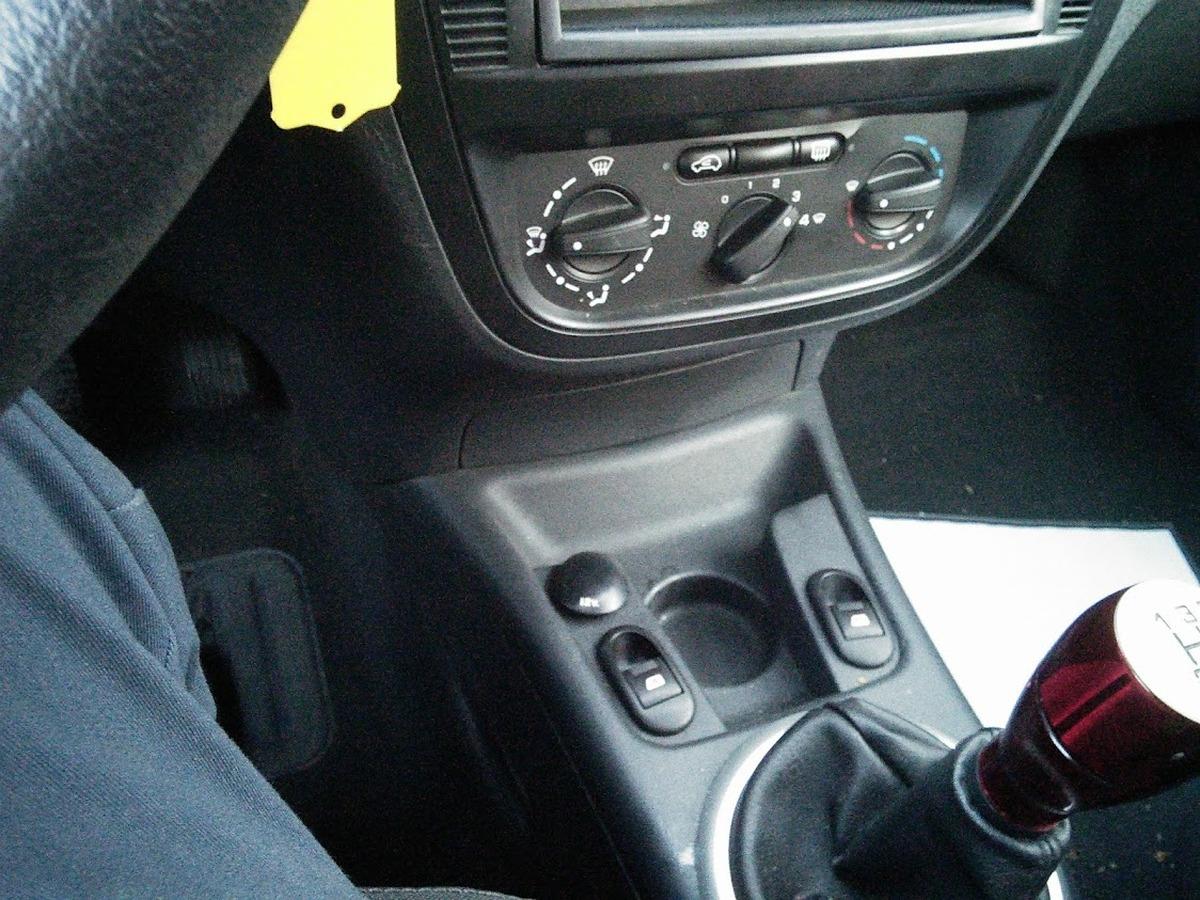 Citroen C3 1.4 HDI 70 FURIO 5P 122622KM