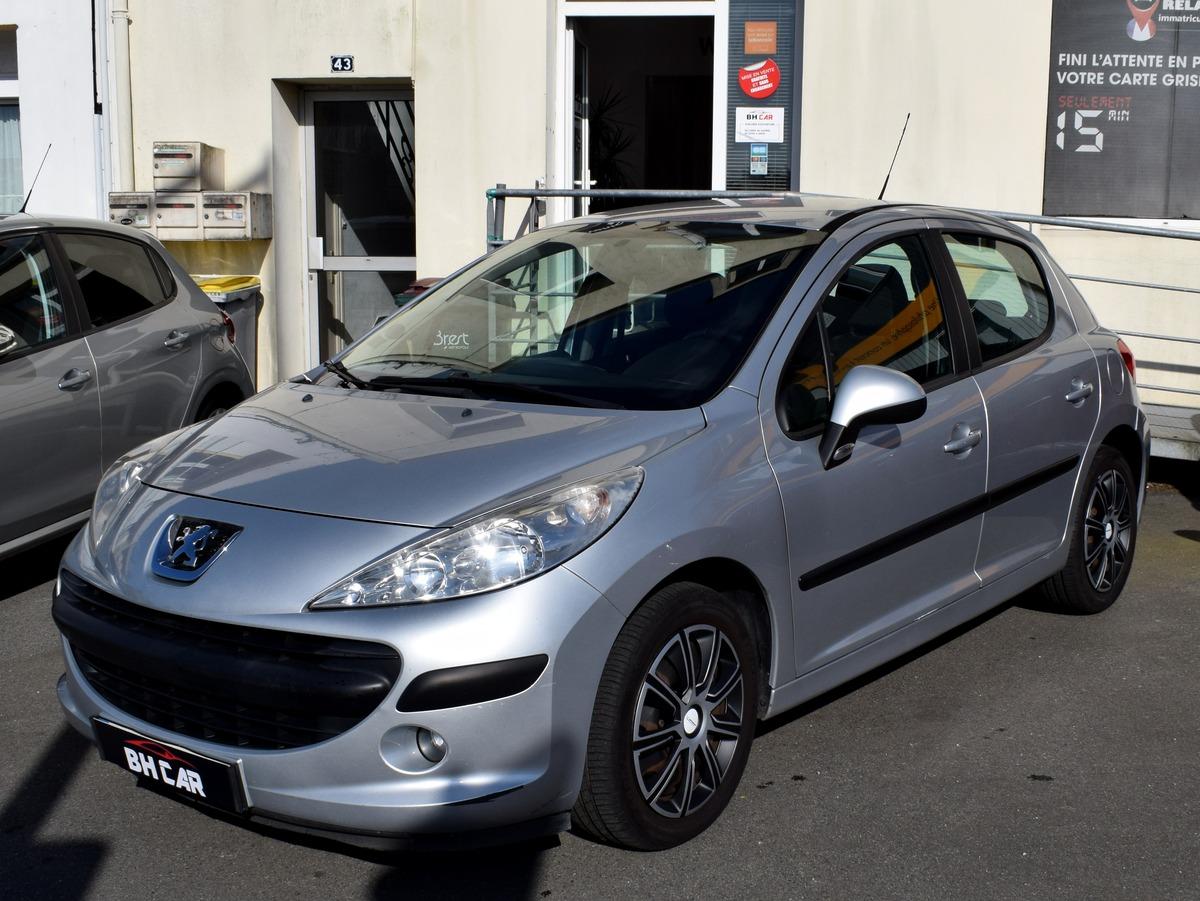 Peugeot 207 1.6i 16v 120Ch Exécutive
