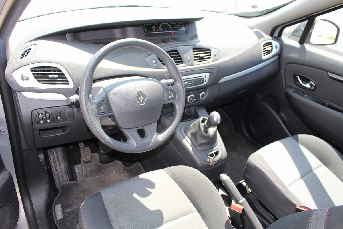 Renault Scenic III Phase 2 1.5 dCi ECO 2 95ch FAP