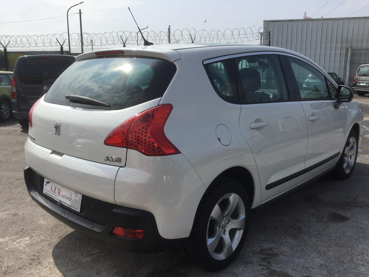 Peugeot 3008 1.6 I ACTIVE