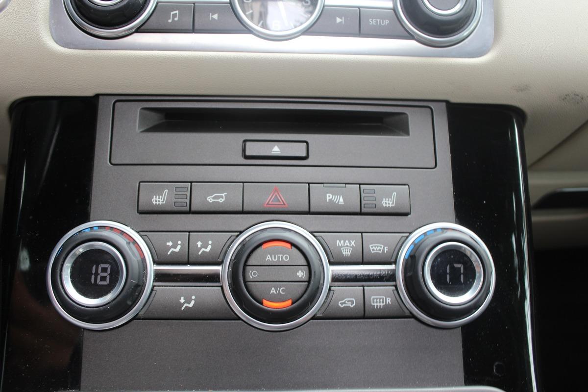 Land Rover Range Rover Sport SDV6 3.0 256 BVA8 5P