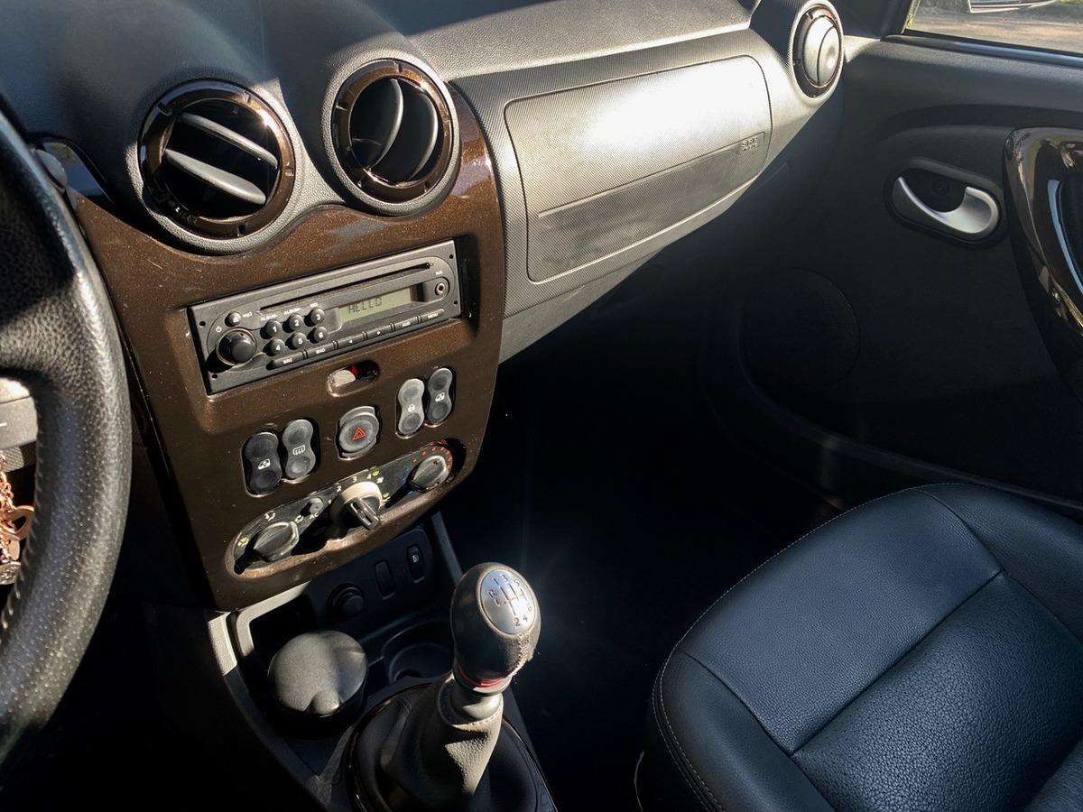 Dacia Duster 1,5 DCI 110 4x2 Lauréate 2 64402km