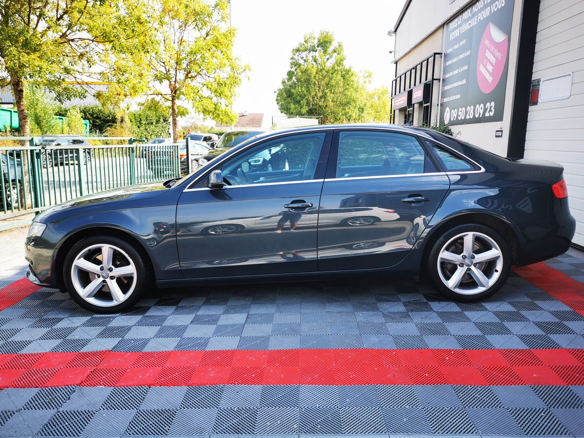 Audi A4 2.0 TDI 143 AMBITION LUXE