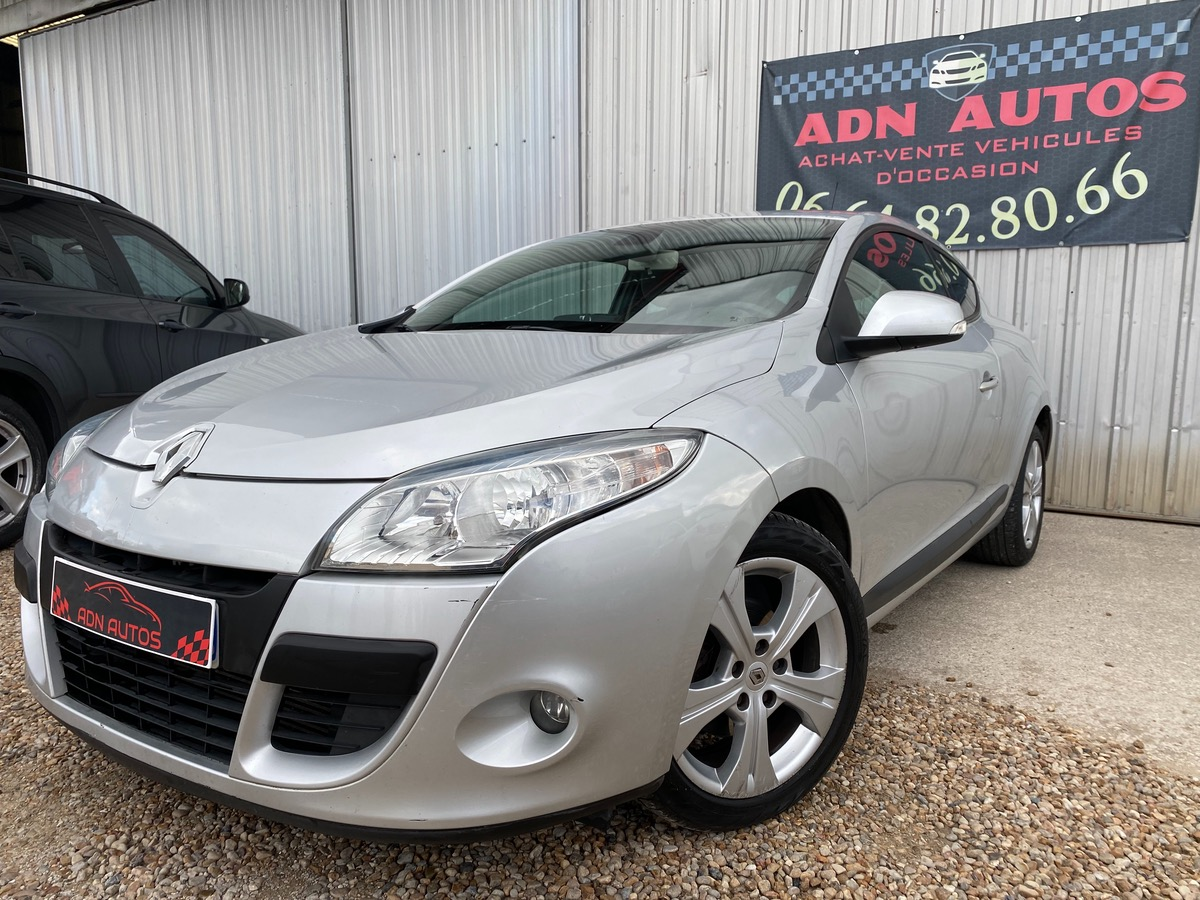 Renault Megane COUPE 1.5 DCI 110Ch eco2 GPS