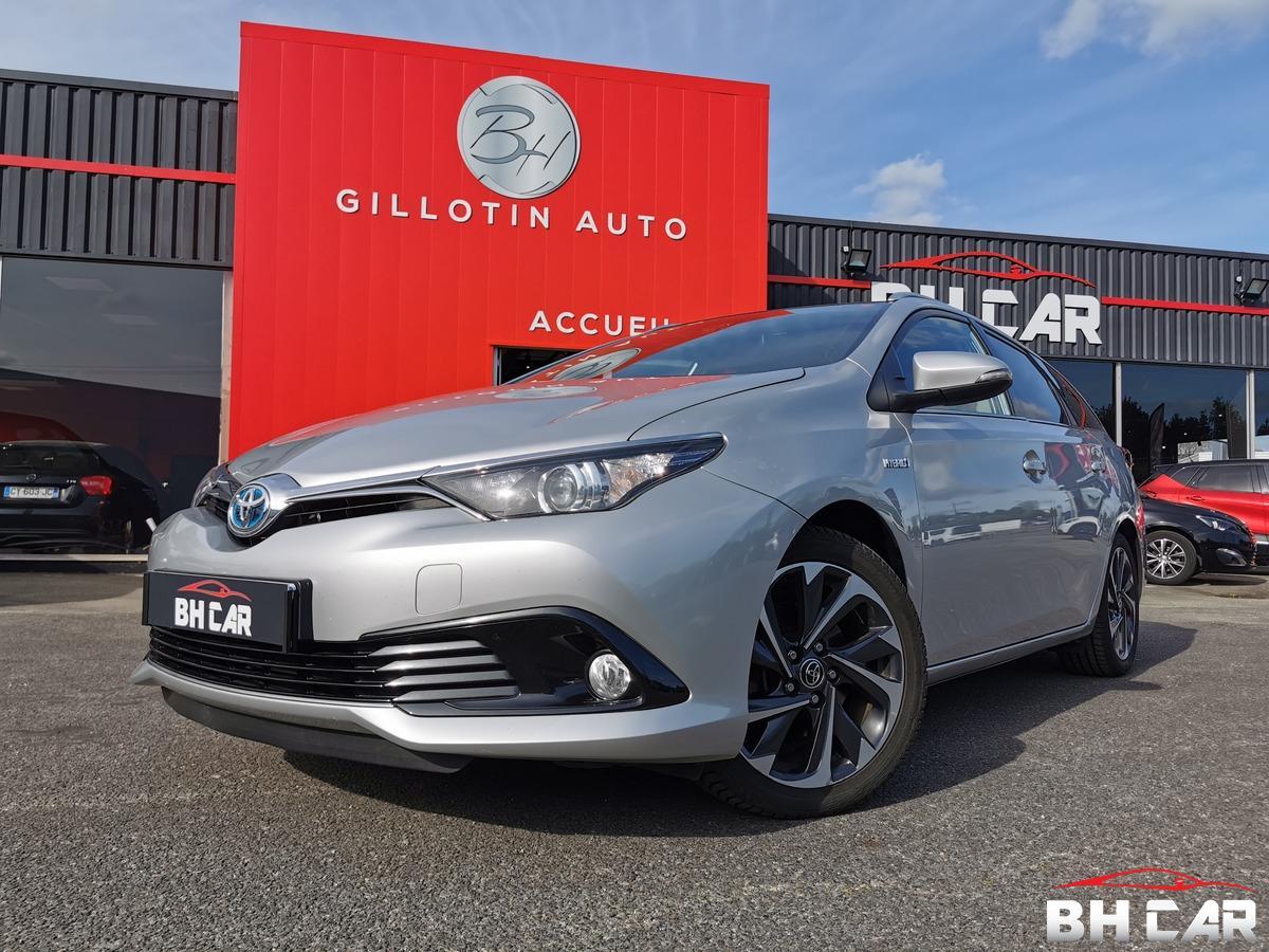 Toyota Auris Touring Sports Hybride 136H Design