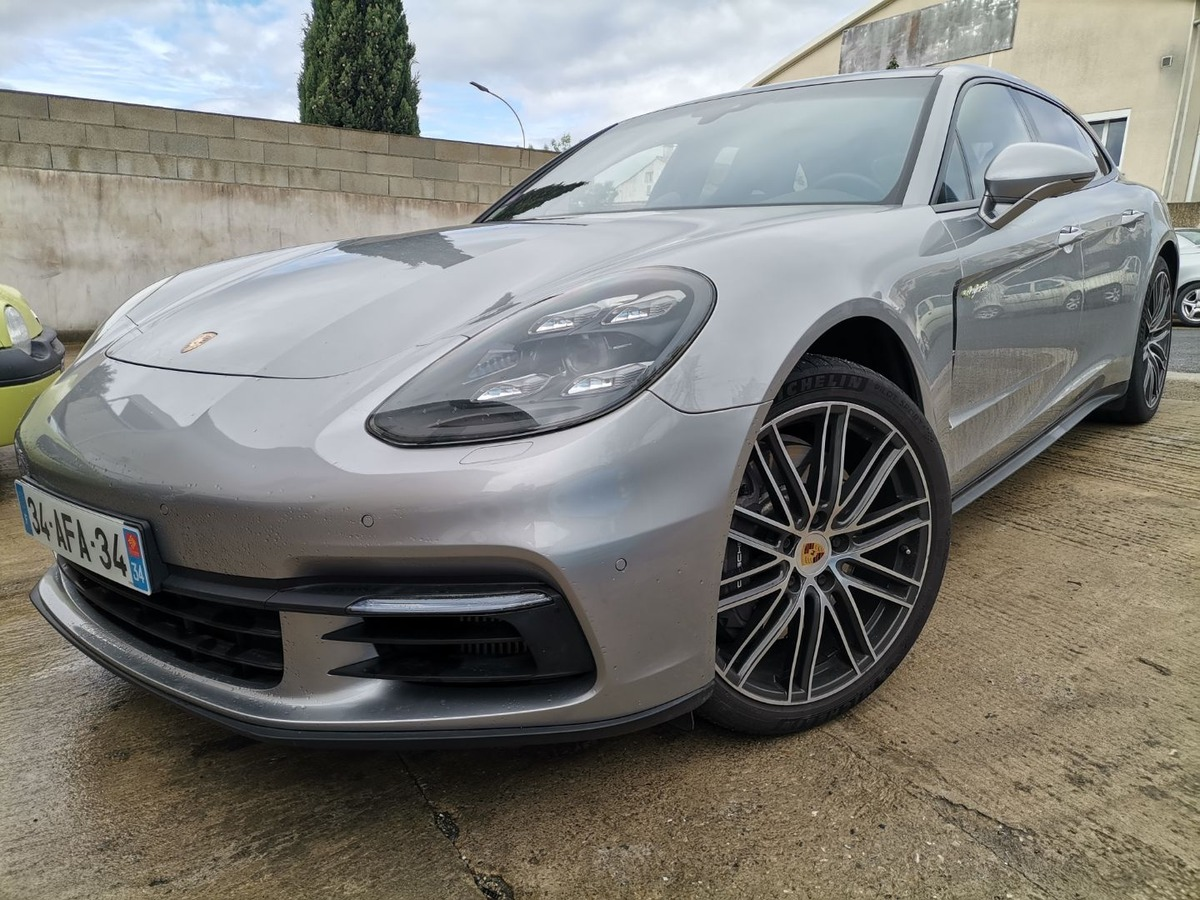Porsche Panamera 4 E-Hybrid Sport Turismo 462 cv