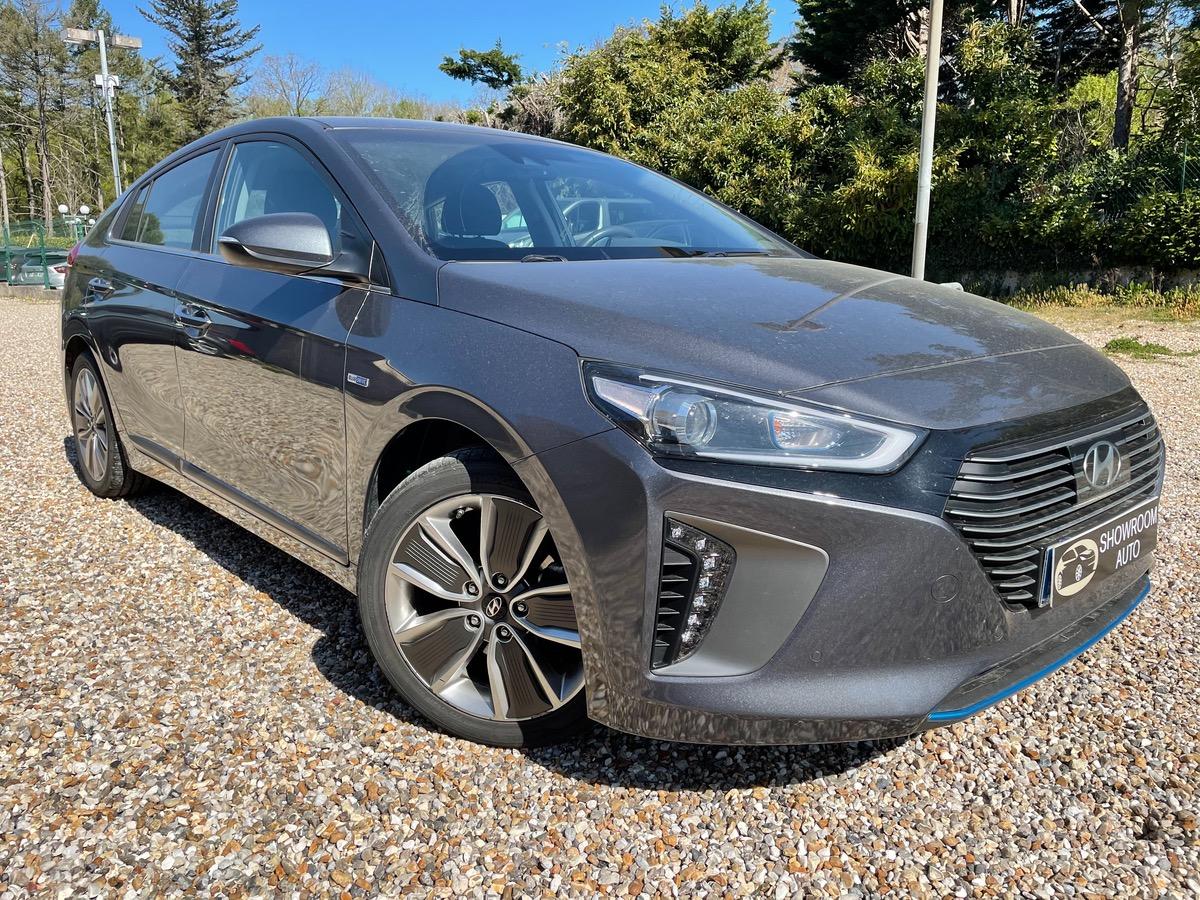 Hyundai Ioniq hybrid business 04