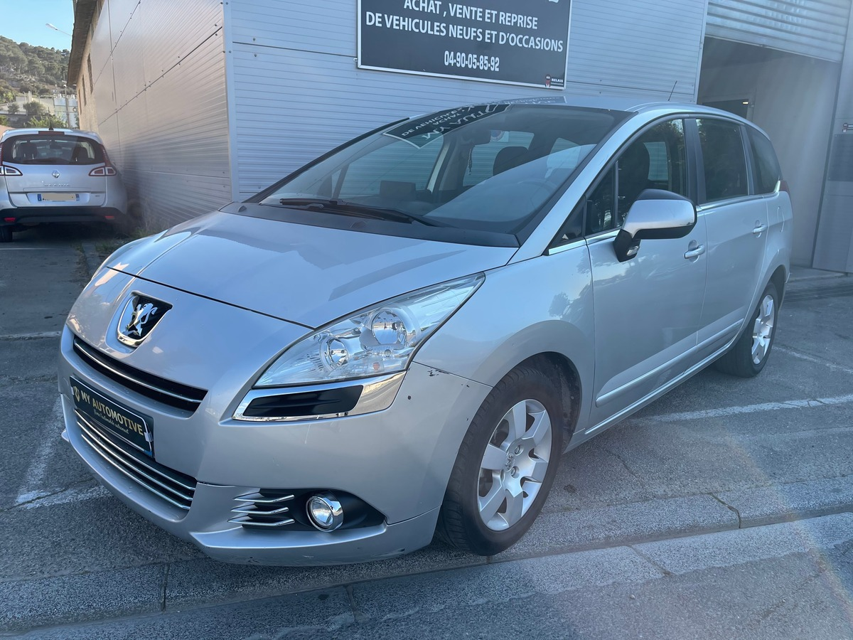 Peugeot 5008 1.6 HDI 110 BUSINESS PACK 7 places