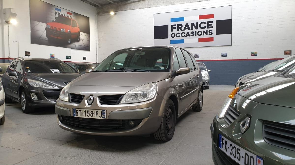 Renault Grand Scenic II 1.9 dCi 130cv Carminat 7PL