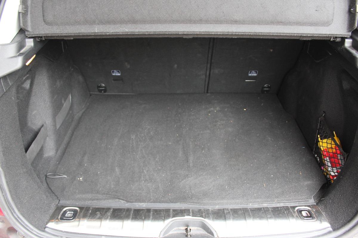 Peugeot 2008 (2) 1.2L PURETECH 110 GT LINE 2
