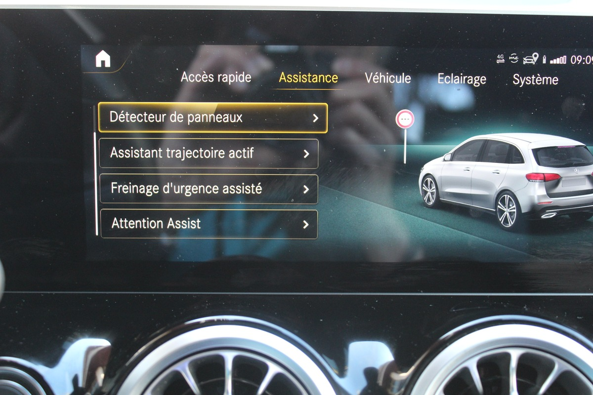 Mercedes Classe B 3 200 D BUSINESS LINE 8G-DCT 4