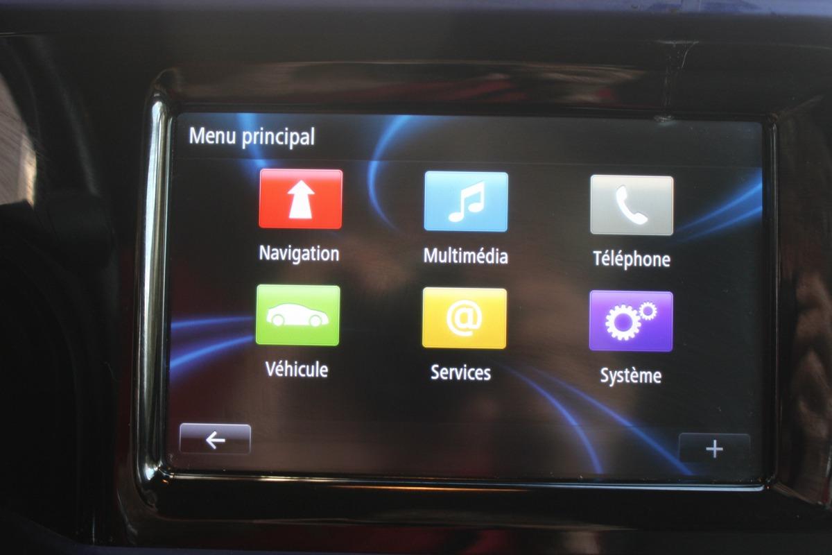 Renault Twingo III 0.9 TCE 90 5CV COSMIC EDC