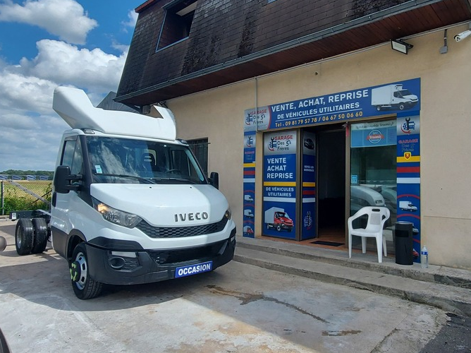 Iveco Daily Chassis Cab 35C13 2.3 130